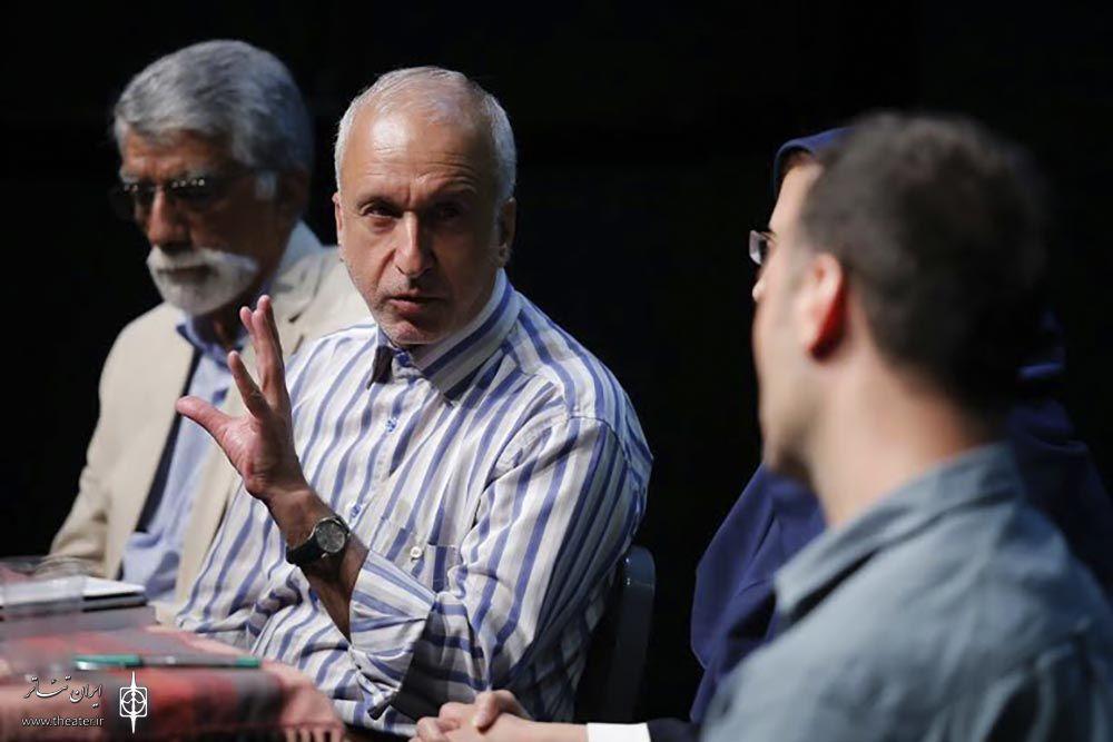 منصور براهیمی: جامع ترین فضای ارتباطی در تئاتر وجود دارد