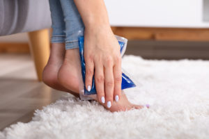 4 راه درمان خانگی مشکلات رایج پا