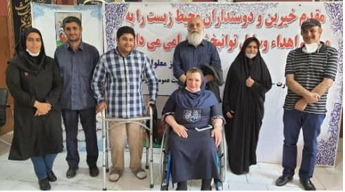 همکاری با بنیاد خیریه معلولین ایرانیان در اهدا ویلچر مدد جویان تیر ماه 99