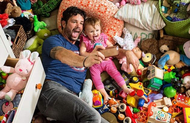 بازی کردن پدرها با بچه هایشان چه تاثیری بر آینده کودک دارد ؟